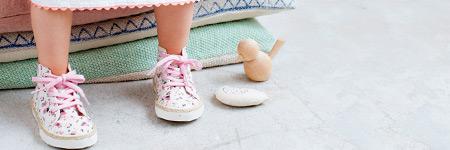 baby girl walking shoes