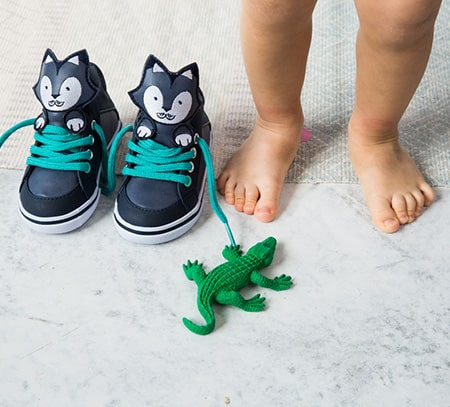 Can you measure your baby's feet yourself?