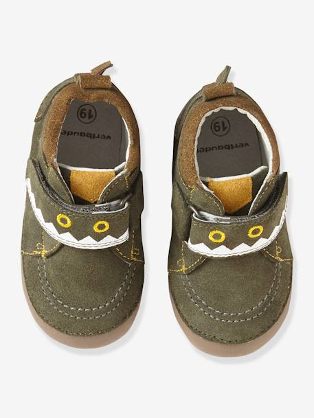 Fancy Soft Leather Shoes for Babies GREEN MEDIUM SOLID WITH DESIG